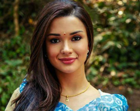 Amy Jackson Contact Address, Phone Number, House Address, Email Id
