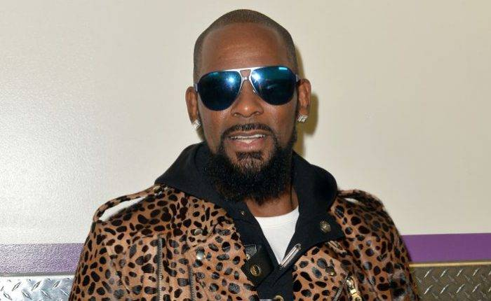 R. Kelly Lifestyle, Wiki, Net Worth, Income, Salary, House, Cars, Favorites, Affairs, Awards, Family, Facts & Biography