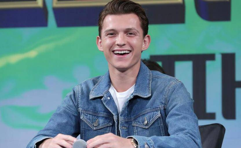 Spider-man star Tom Holland girlfriend, Split with Zendaya, Dating Someone, Reportedly Engaged