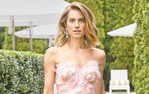 Allison Williams Lifestyle, Wiki, Net Worth, Income, Salary, House, Cars, Favorites, Affairs, Awards, Family, Facts & Biography