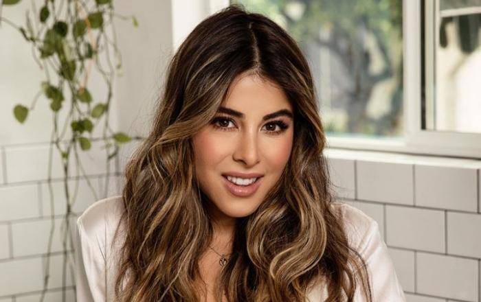Daniella Monet Lifestyle, Wiki, Net Worth, Income, Salary, House, Cars, Favorites, Affairs, Awards, Family, Facts & Biography
