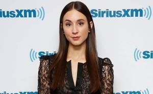 Troian Bellisario Lifestyle, Wiki, Net Worth, Income, Salary, House, Cars, Favorites, Affairs, Awards, Family, Facts & Biography