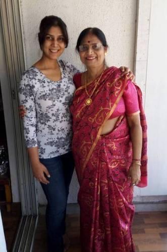 Sakshi Tanwar with his mother