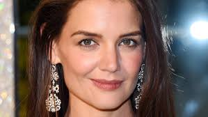 Katie Holmes Body Measurements Height Weight Bra Shoe Size Vital Stats