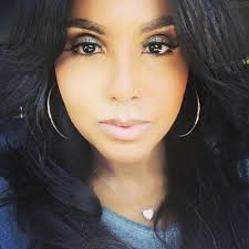 Toni Michelle Braxton is An American Singer Songwriter Pianist Record Producer Actress Net Worth
