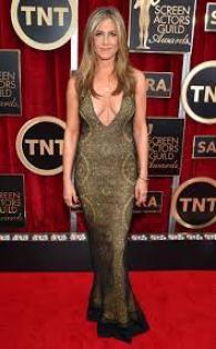Jennifer Aniston Net Worth Relationship Profile Age Height Weight Body Measurements Bra Size Shoe Size