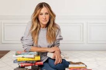 Sarah Jessica Parker is An American Actress Producer Designer Body Measurements Bra Size Height Weight Net Worth Career Profile Relationship Favorite Things
