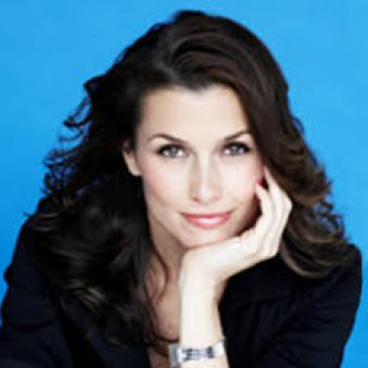 Bridget Moynahan Weight Height Eye Color Body Measurements Shoe Size Hair Color Bra Size Figure