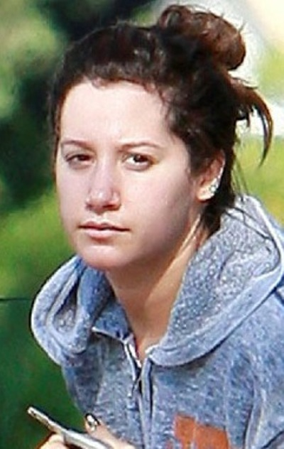 Ashley Tisdale No Makeup Pictures