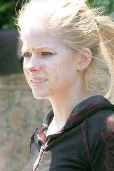 Avril Lavigne Without Makeup Pictures