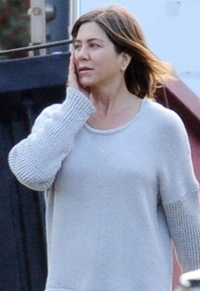 Jennifer Aniston No Makeup Pictures