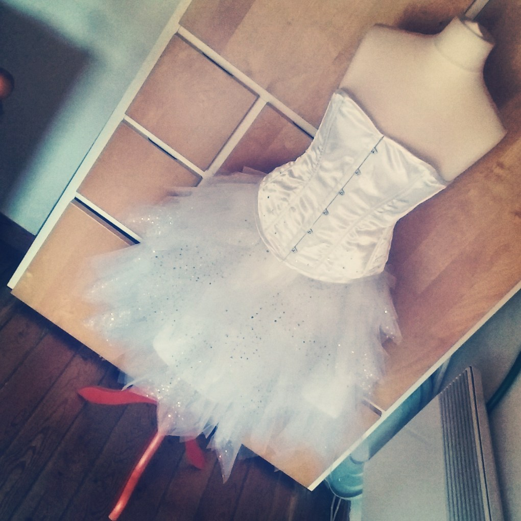 Corset blanc mariée strass swarovski + tutu celeste creation