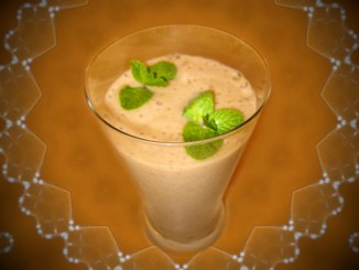 Smoothie banane si stafide