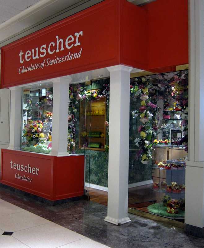 Teuscher shop, 900 N Michigan, Chicago, © 2013 Celia Her City