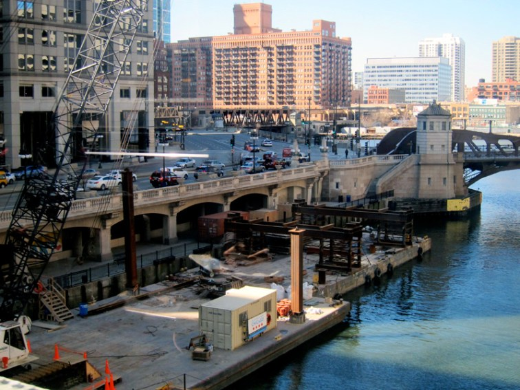 Repair barge in the Chicago River at Wells Street, © 2013 Celia Her City