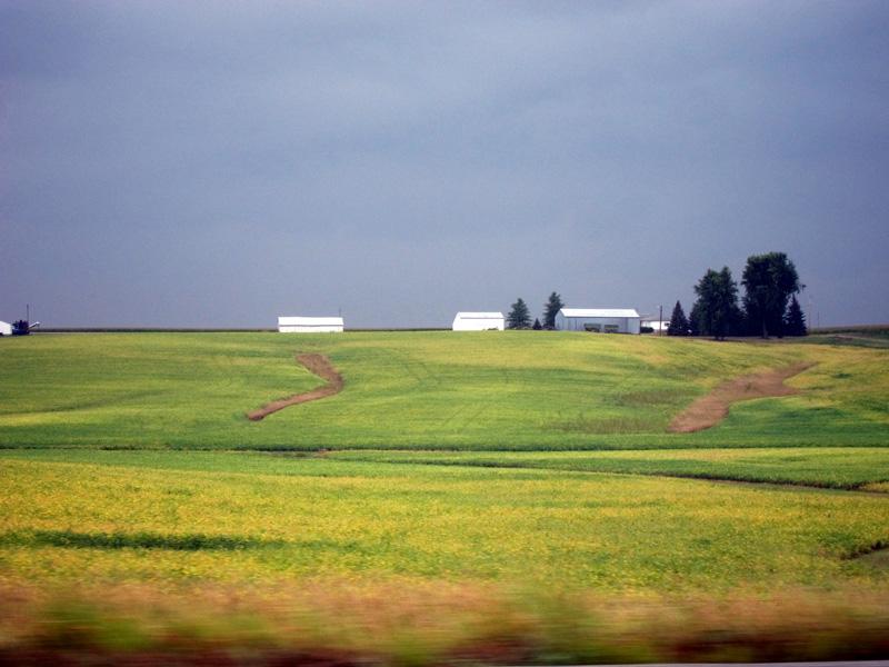 Violet sky (Iowa), © 2013 Celia Her City