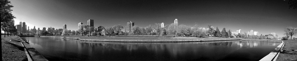 The lagoon by the Drive (Chicago), © 2013 Celia Her City