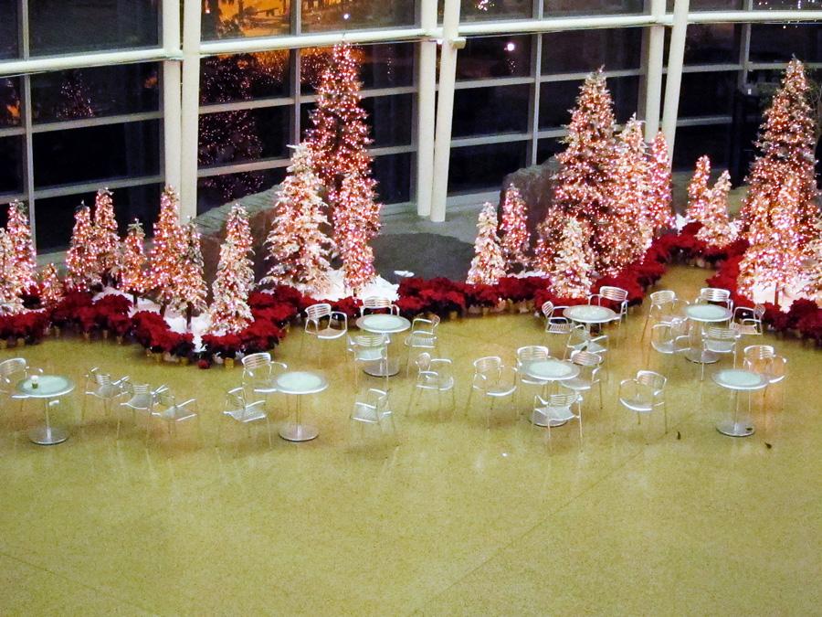 Waiting for Christmas, © 2013 Celia Her City