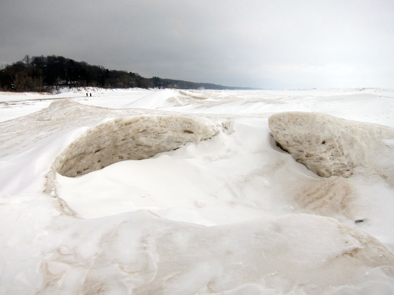 Dynamic ice (Warren Dunes, MI, in winter)