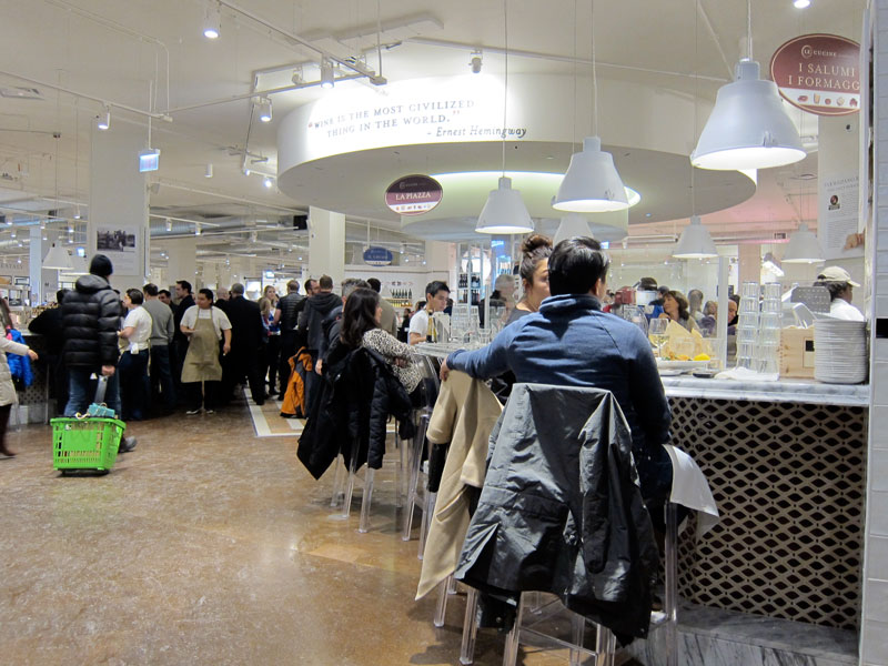 There were many patrons eating and drinking upstairs at Eataly that day