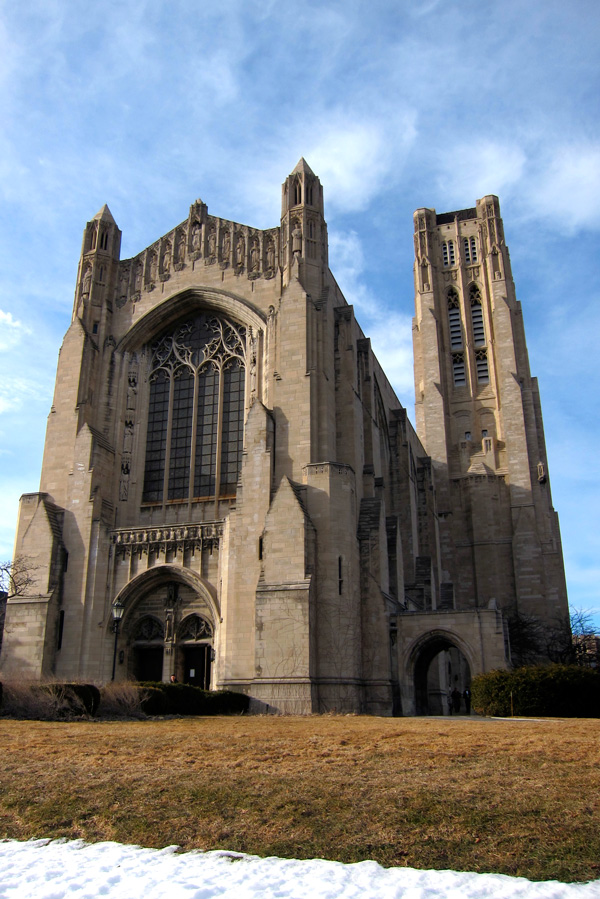 Rockefeller Chapel at the University of Chicago, exterior view
