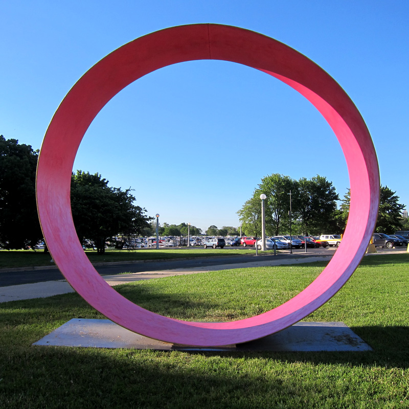 Diversey driving range sculpture (Chicago), view 3, © 2014 Celia Her City