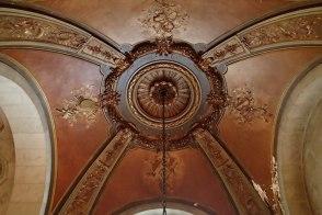 Stunning ceiling medallion