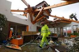 Serignan tornado damage