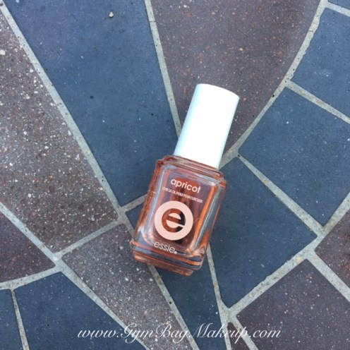 march_2016_empties_essie_apricot_cuticle_oil_1