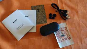 Aukey_cuffie_Bluetooth_5_Auricolari_Senza_Fili_con_Microfoni_Integrati_e_Cuffie_In-Ear_cellicomsoft_00002