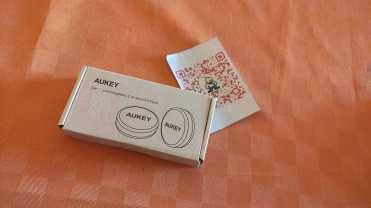 Aukey_supporto_magnetico_auto_adesivo_cellicomsoft00001