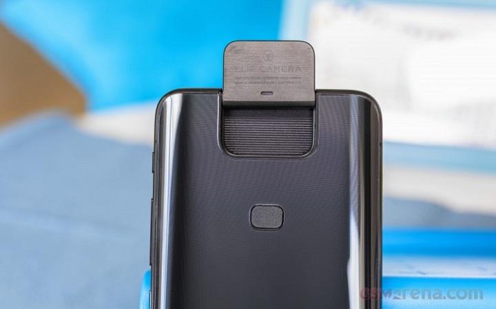 Sforum - Trang thông tin công nghệ mới nhất gsmarena_005-1-4 Đánh giá Asus Zenfone 6: Camera xoay lật, dung lượng pin 5,000 mAh kết hợp chip Snapdragon 855