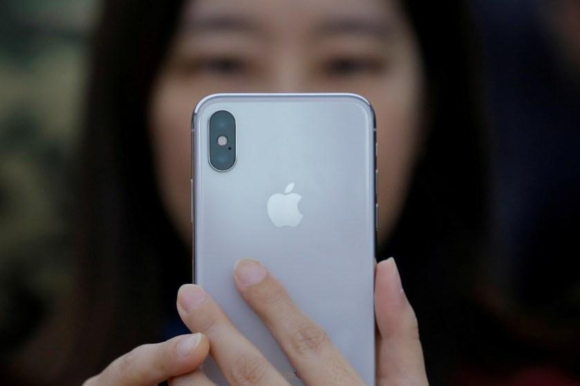 Sforum - Trang thông tin công nghệ mới nhất rts1hs3d Apple bị kiện vì bán thông tin cá nhân của người dùng iTunes