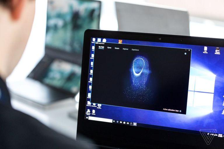 Sforum - Trang thông tin công nghệ mới nhất vpavic_190516_3439_0078 Trên tay nhanh laptop gaming đến từ Intel: Thiết kế mới với 2 màn hình