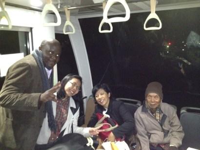 di dalam monorail yang benar2 mono :D