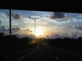 Menuju Bandara Hassanudin, Makassar
