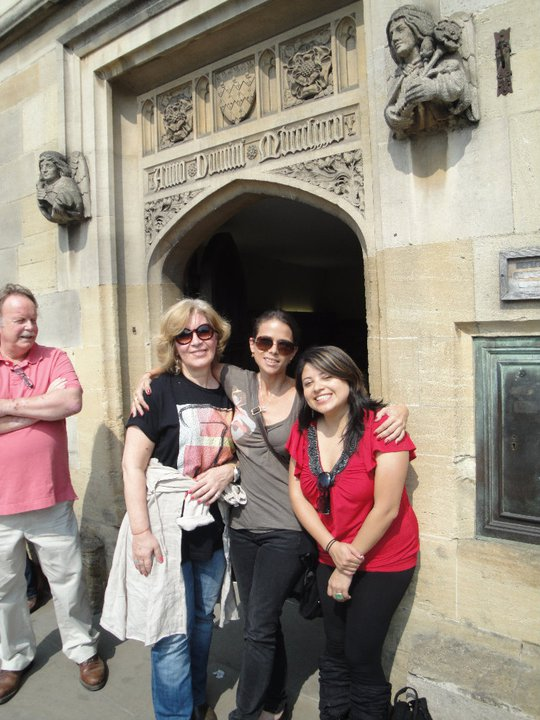 with Shelly & Cecilia - Simon looking a bit bemused by all this photographic activity