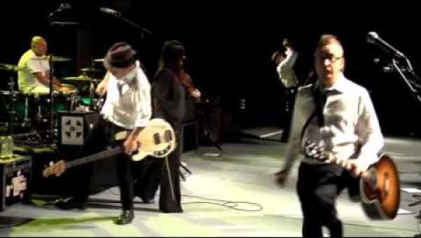 Drunken Lullabies – Flogging Molly (Live at Greek Theater)