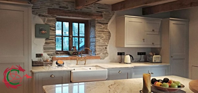 Bespoke kitchen South Wales / West Wales: Shaker style, Shaws Belfast sink, quartzite worktop