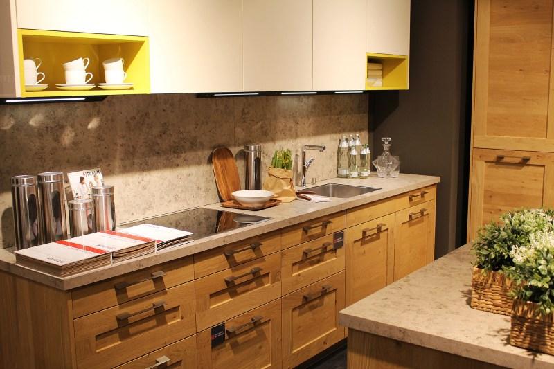 Mobiliario de Cocina, Baños & Otros