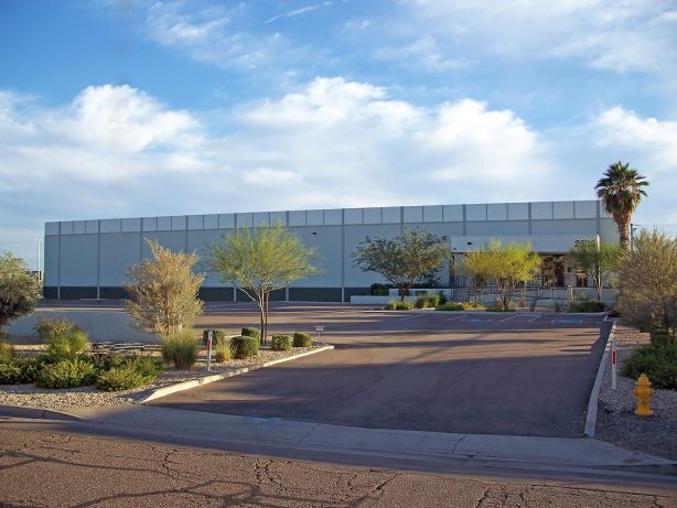 Richard Foss negotiated the sale of a 36,507 SF industrial property, representing the seller, 2525 E. Magnolia, LLC, for $1,900,000. The property is located at 2525 E. Magnolia St. in Phoenix.