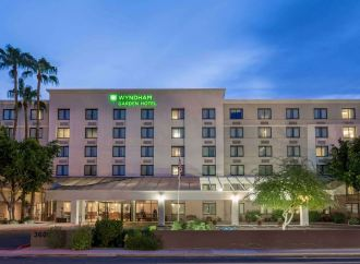 Oxygen Hospitality Enters Phoenix Market, Buys First Arizona Hotel