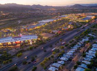 Grocery-anchored power center in Tucson sells for $84M