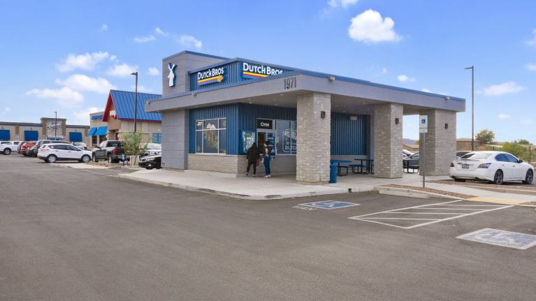 Phoenix Commercial Advisors Closes Tucson Dutch Bros