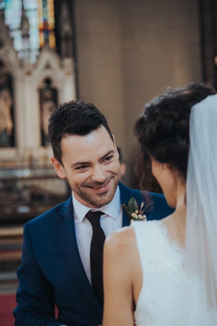 kilisede düğün fotoğrafı
