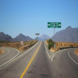 Economías, fronteras y flujos migratorios de centroamericanos en tránsito en México.