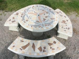 TBS 112 Palm Tree Mosaic Table Set