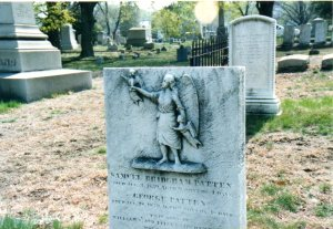 Angel guiding two children to Heaven, North Burial Ground, Rhode Island