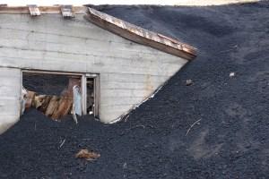 house buried