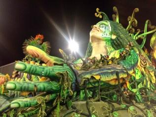 Segunda alegoria do Império de Casa Verde no Desfile das Campeãs (2017) - Foto de Cassius S. Abreu